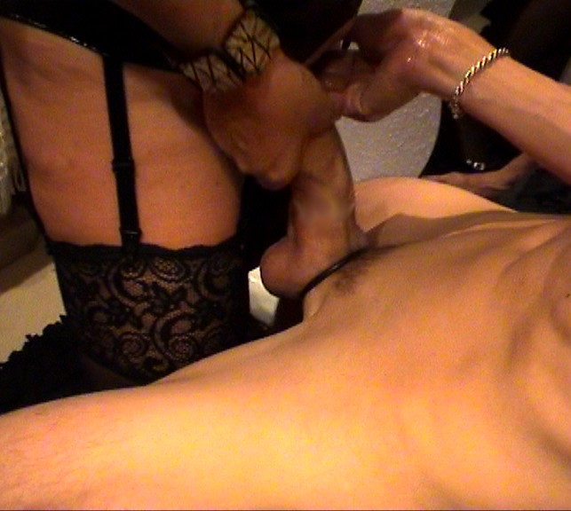 hot brunette massage og excort