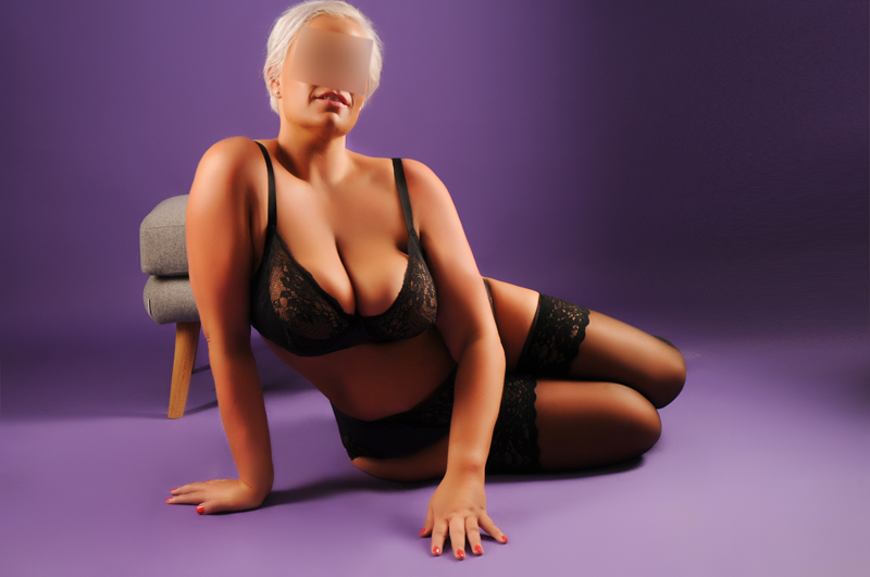 crystal aarhus strip eb massage escort